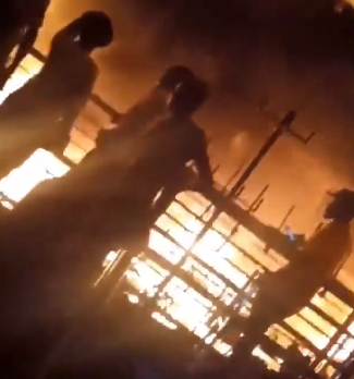 Cairo market in Lagos gutted by fire (video)