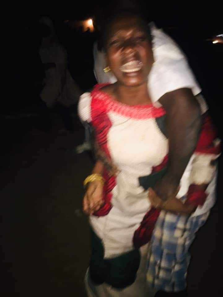 Unidentified woman allegedly thrown out of moving car in Niger state