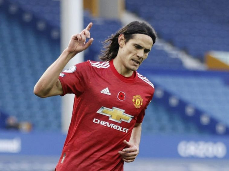 Edinson Cavani finally signs one-year contract extension with Manchester United