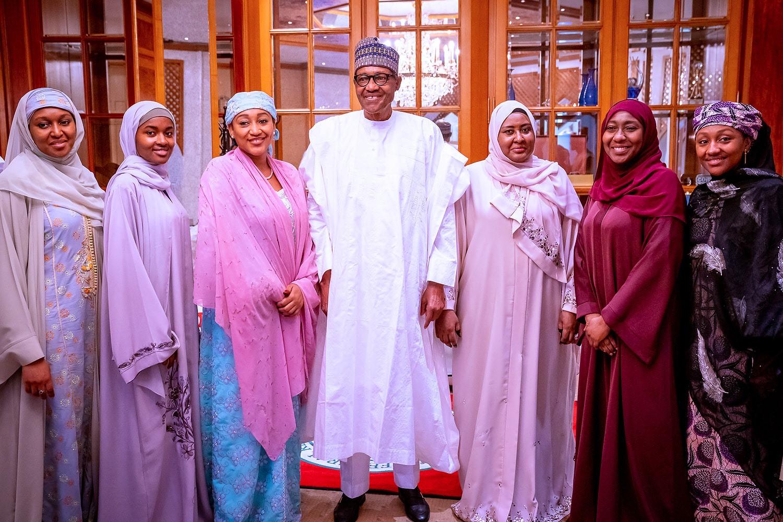 President Buhari n family