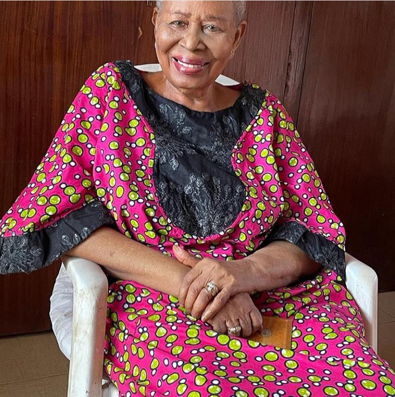 Photos of 96-year-old Nigerian woman who has 12 children, 36 grandchildren and 43 great grandchildren