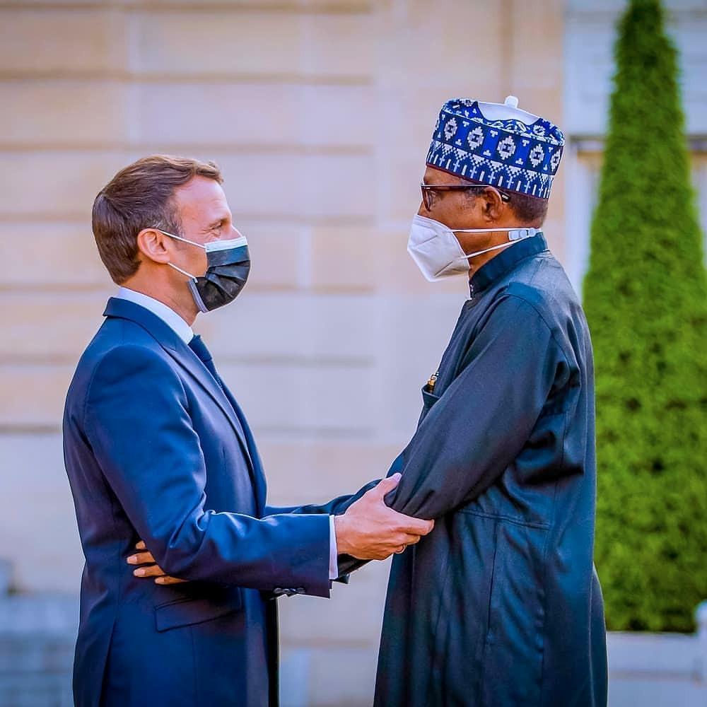 President Buhari meets French President, Emmanuel Macron and his wife, Brigitte (photos/video)
