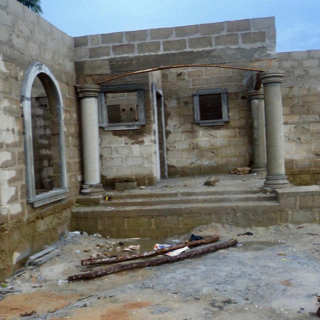 I built my first two houses at 22 - BBNaija star, Ka3na brags