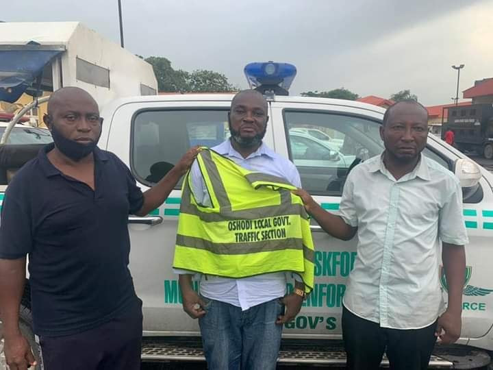 Three fake Local Government traffic officers arrested for extorting motorists in Lagos
