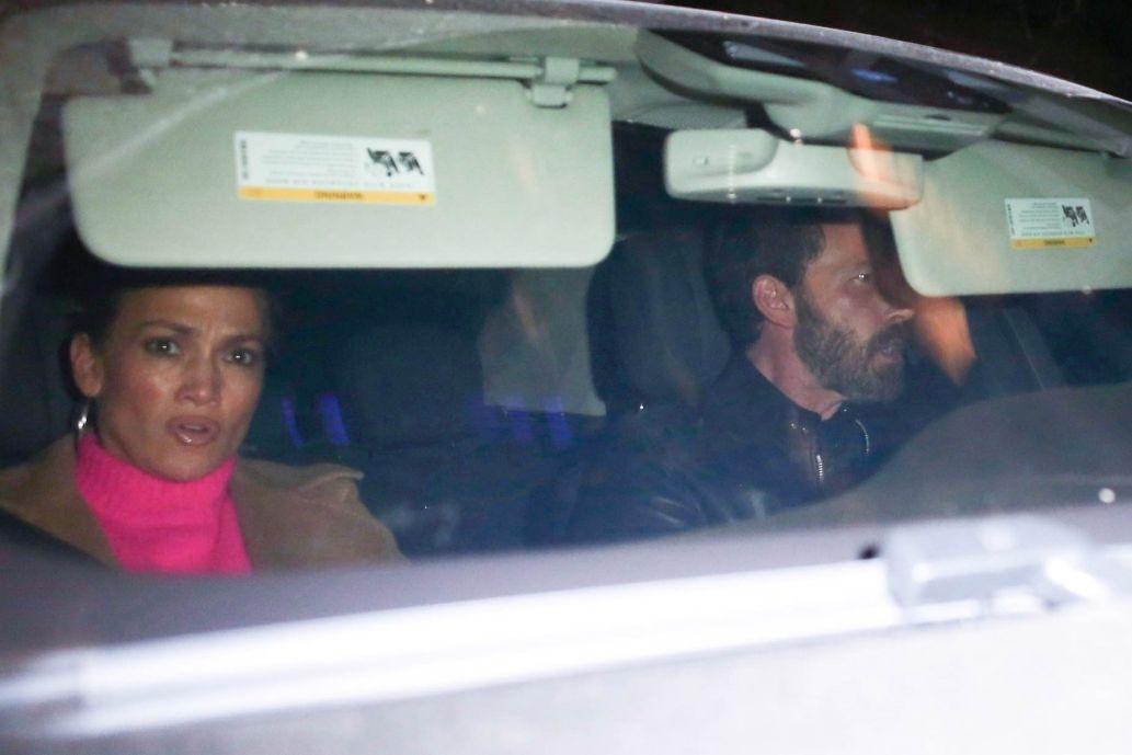 Ben Affleck and Jennifer Lopez seen looking