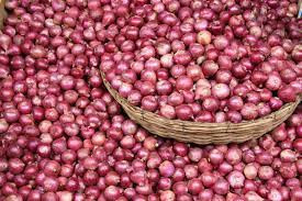 Insecurity: Onion scarcity looms as Onion producers suspend supply to Southeast