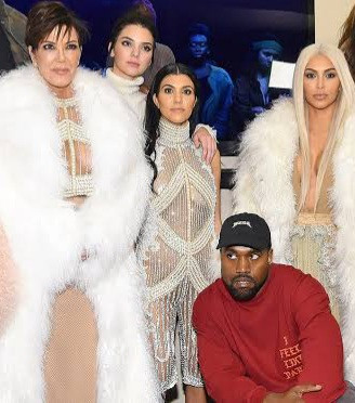 Kanye West unfollows Kim Kardashian and her sisters on Twitter