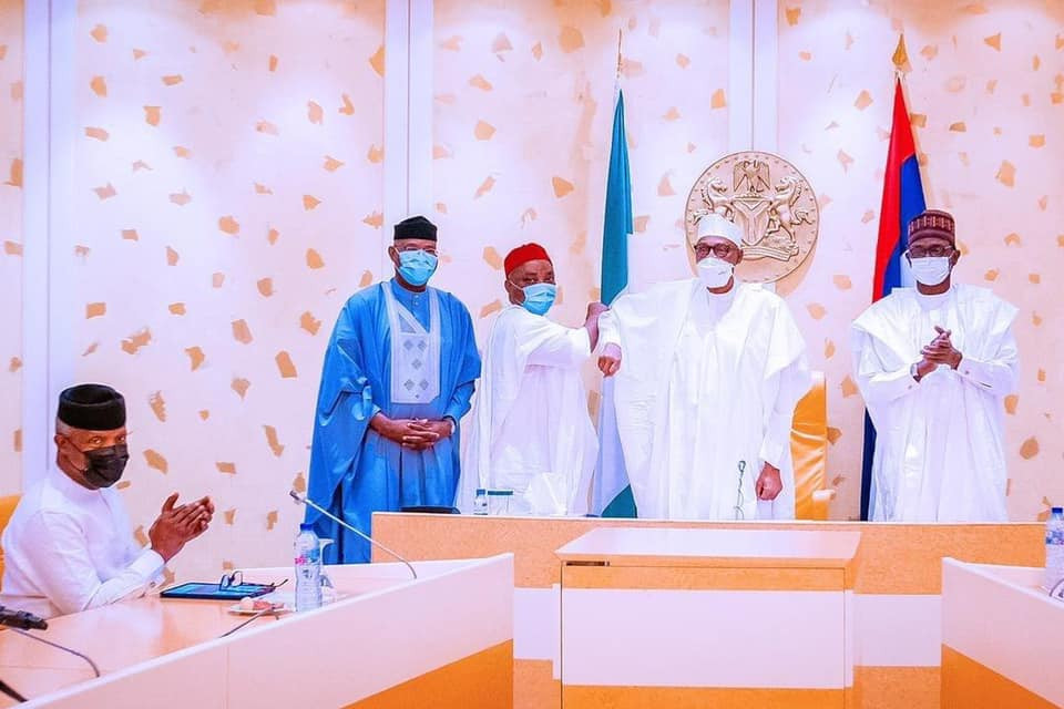 Senator Nwaoboshi defects from PDP to APC, receives warm welcome from President Buhari (photos)