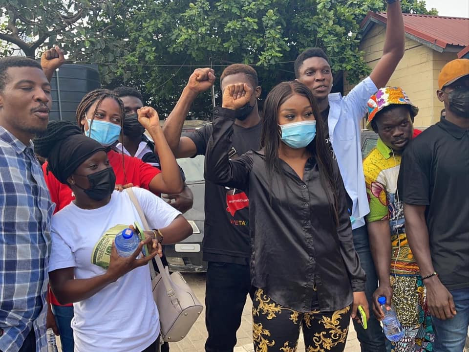 Efia Odo and14 other #FixTheCountry campaigners granted bail
