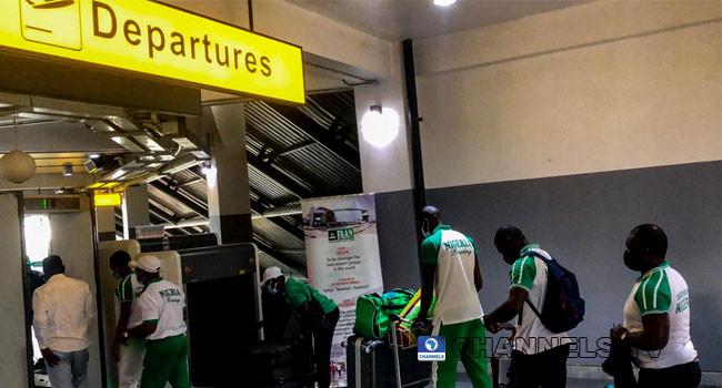 Team Nigeria?s first batch departs for Tokyo (Photos)