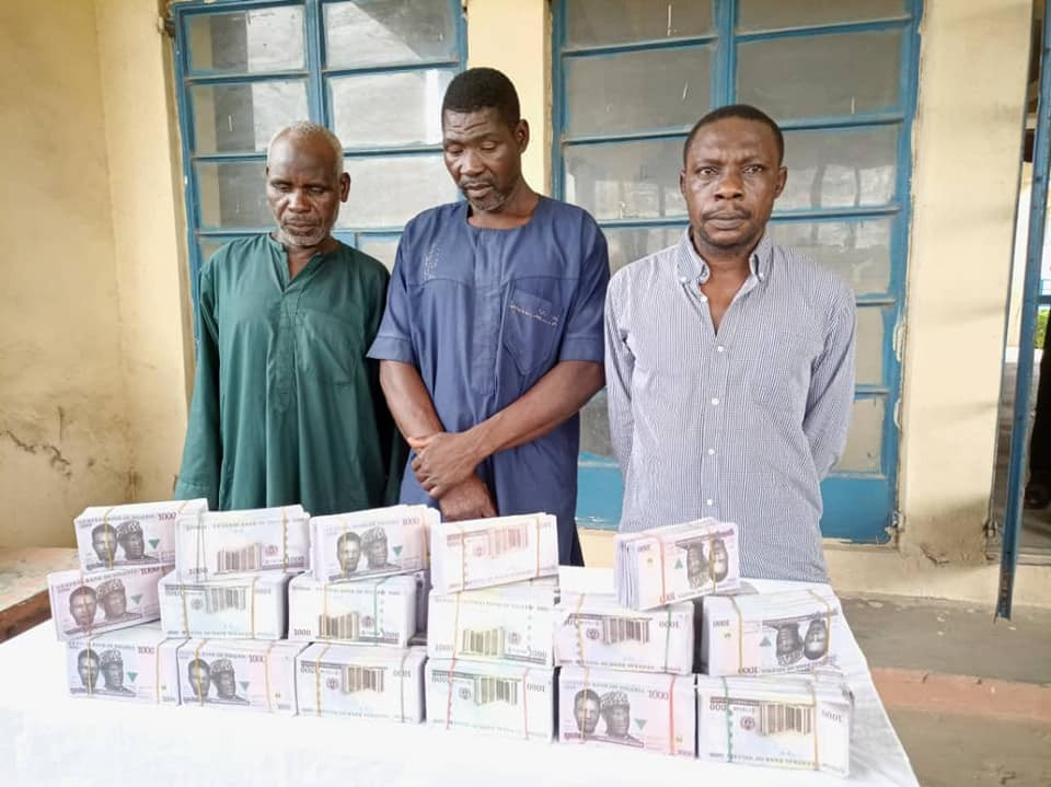 Pastor, two others arrested for possession of N15.8m fake currency notes