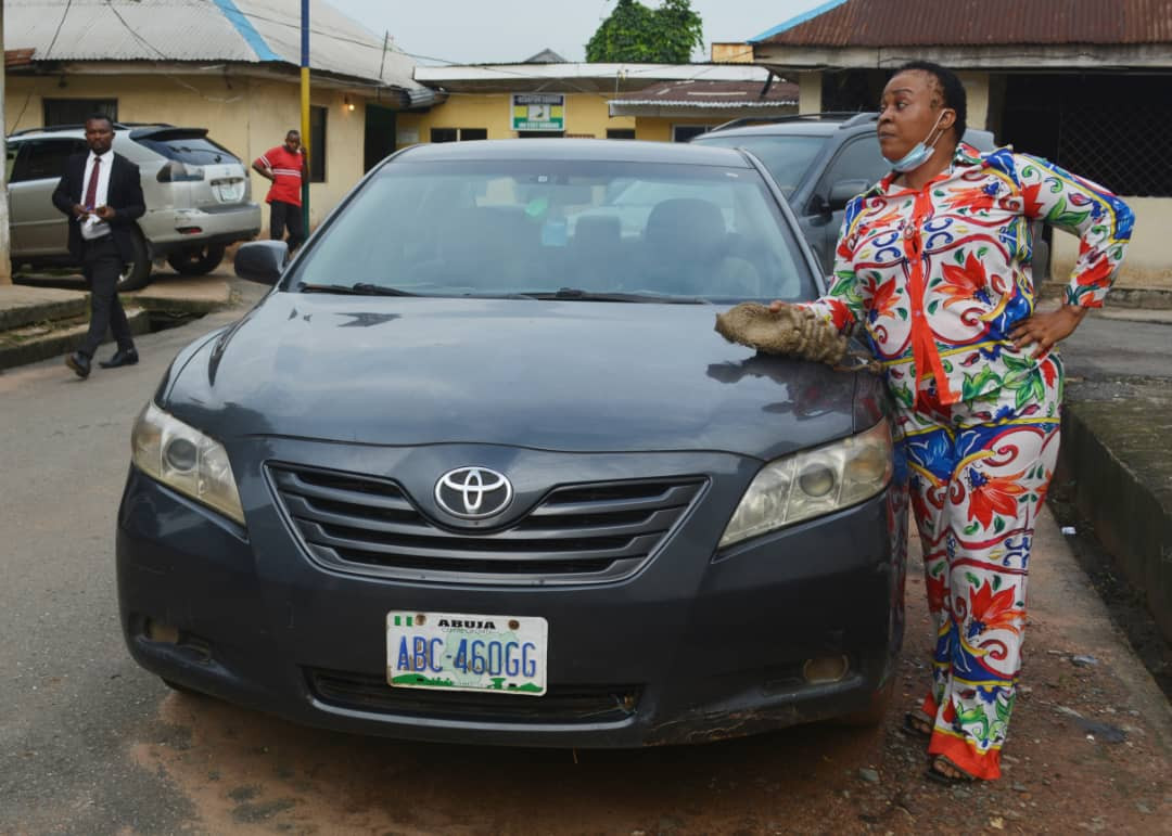 Fake lawyer apprehended in Imo (photos)