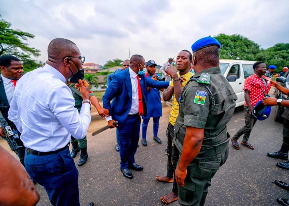 Sanwo-Olu arrests machete-wielding criminals in Ojota