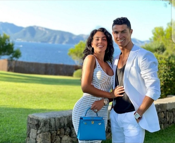 """""""My Beautiful Queen"""" - Cristiano Ronaldo says as he shares loved-up photo with his partner, Georgina Rodriquez"""