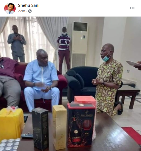 Trending photo of serving Senator James Manager kneeling before former governor of Delta state James Ibori