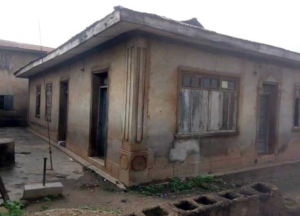 Pastor renovates 60-year-old dilapidated mosque where he used to play with his Muslim friends