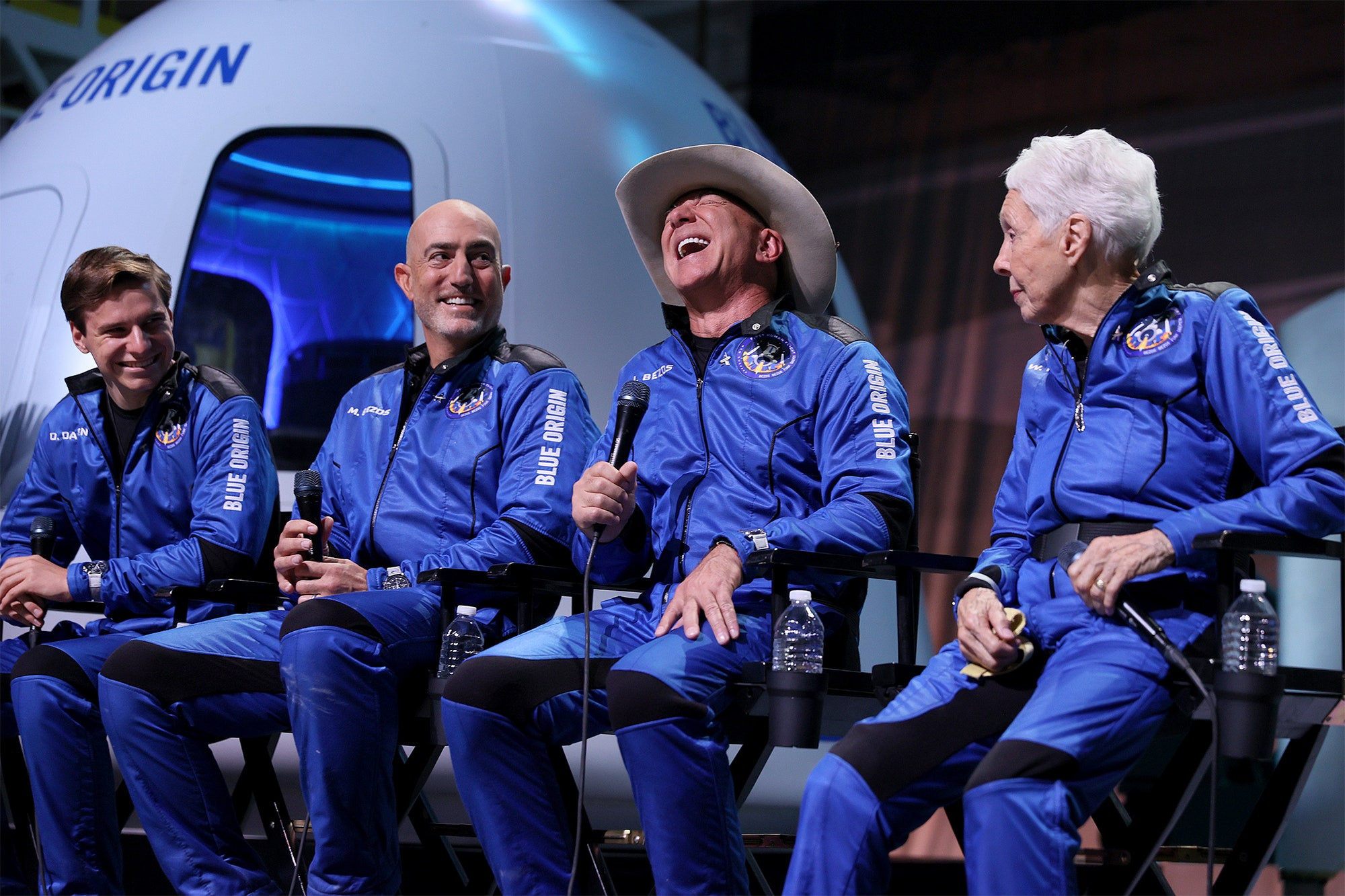 Jeff Bezos offers NASA $2 billion to get moon exploration contract for his space company?