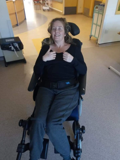 Woman becomes paralyzed after falling out of bed while waking husband for sex