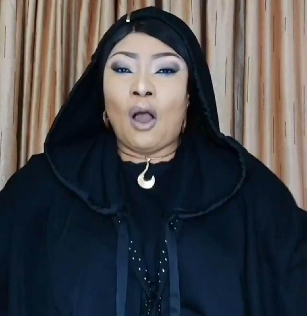 You drink and damage your liver then ask us to do fundraising for you - Eucharia Anunobi warns alcohol lovers that drunkards won