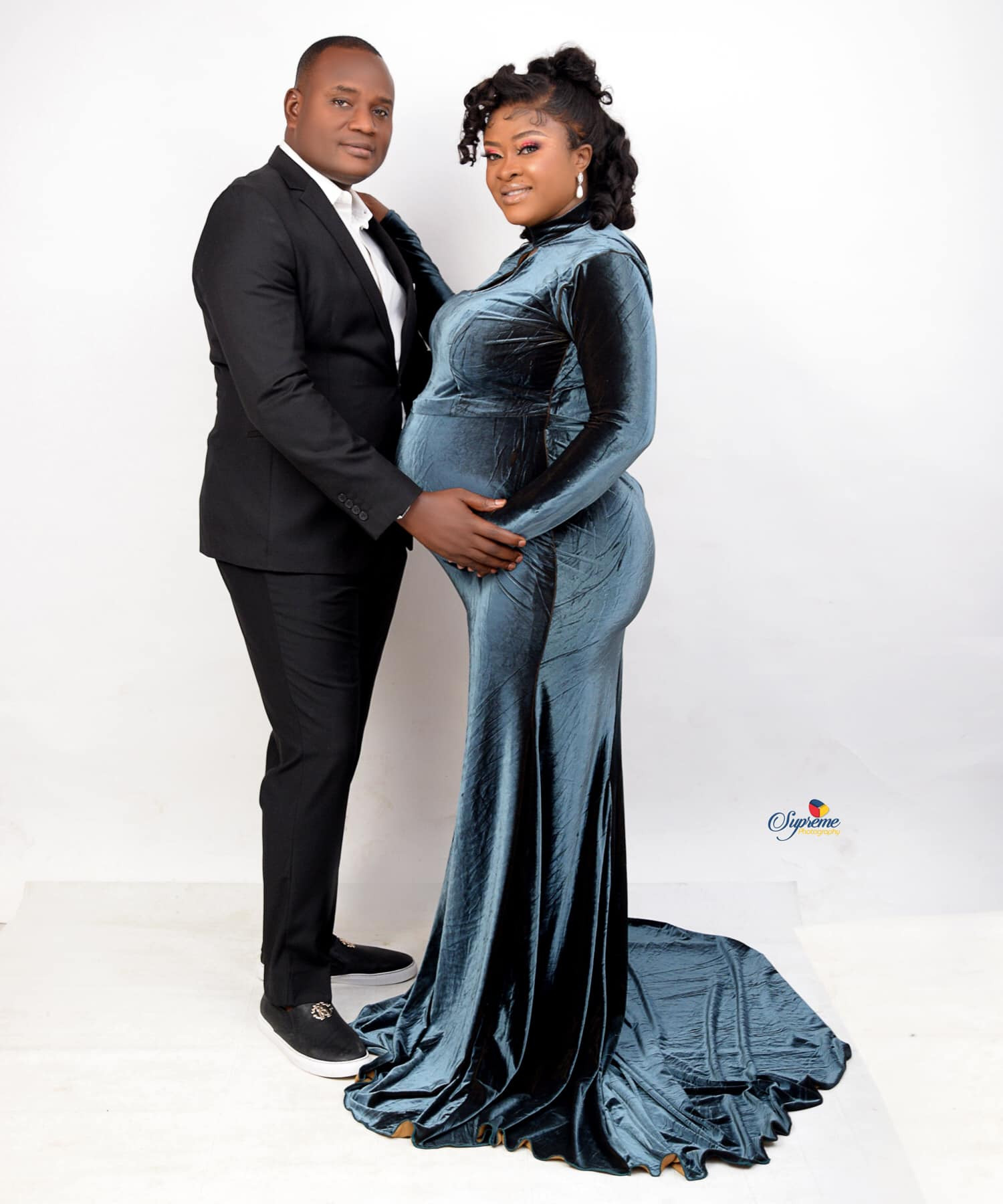 Nigerian couple welcome twins after 13 years of marriage (photos/videos)