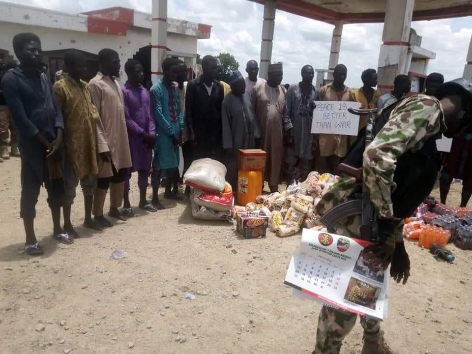 More Boko Haram fighters surrender to Nigerian troops (photo/video)