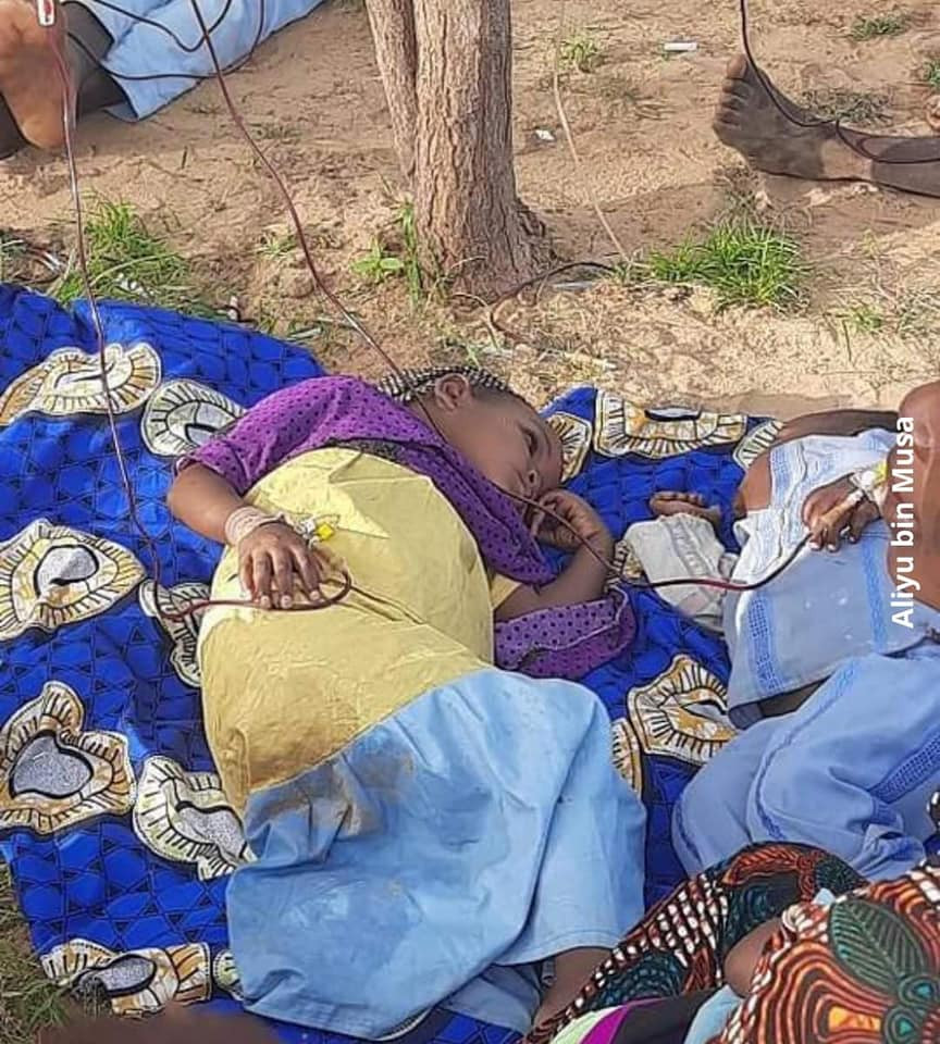 Heartbreaking photos of Cholera patients being treated in a poor environment in Katsina