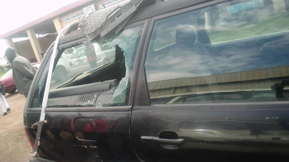 7 journalists escape death as hoodlums reportedly attack vehicle in Jos