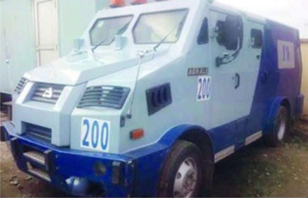 Robbers attack bullion van in Ondo, shoot policeman
