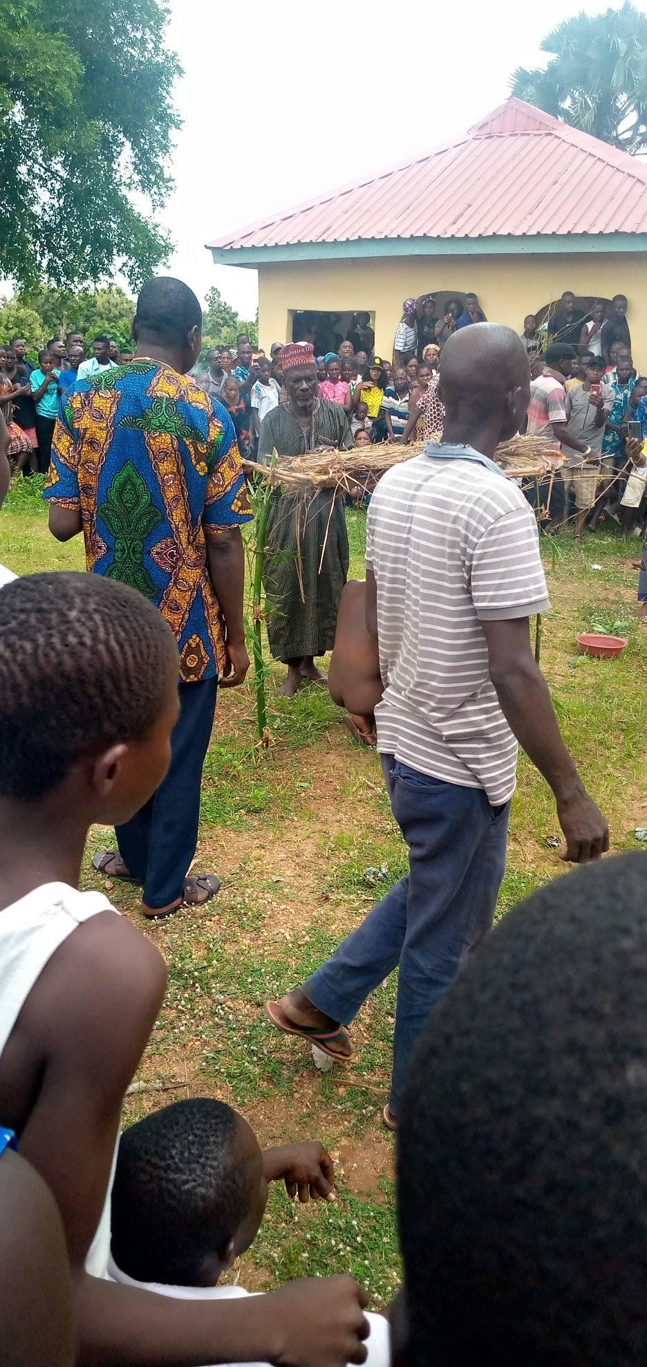 Man allegedly caught sleeping with his sister in Benue