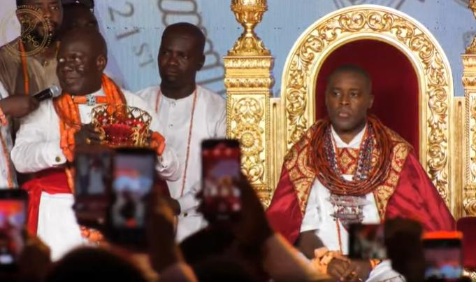 Olu Of Warri: Tshola Emiko Crowned Ogiame Atuwatse III (photos/Video)