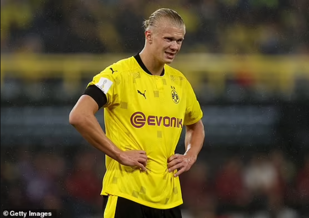 PSG prepare swoop to sign ?150m Erling Haaland to replace Kylian Mbappe