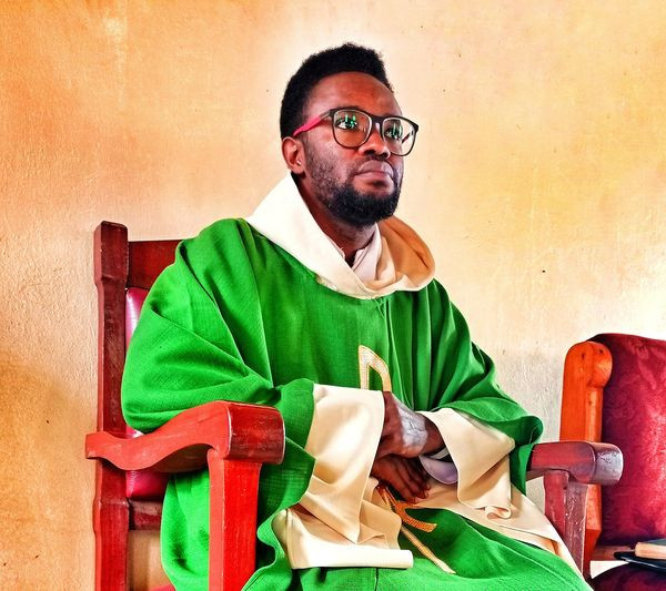 The time people spend sharing Aso ebi will not allow them sit down and reflect if they truly mean those marital vows - Nigerian Catholic priest says