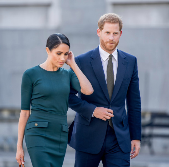 Meghan and Harry ?request meeting with Queen? to introduce baby Lilibet