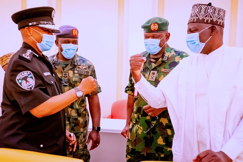President Buhari presides over security meeting (photos)