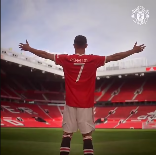 Cristiano Ronaldo beats Lionel Messi in shirt-sale stakes as Man United