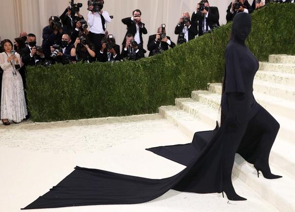 Piers Morgan slams Kim Kardashian, Serena Williams, Billie Eilish, Lil Nas X and other celebrities for their Met Gala outfits