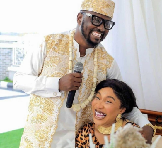 """""""You rubbished first man you married, you think you can play same game with me"""" Prince Kpokpogri takes swipe at Tonto Dikeh"""