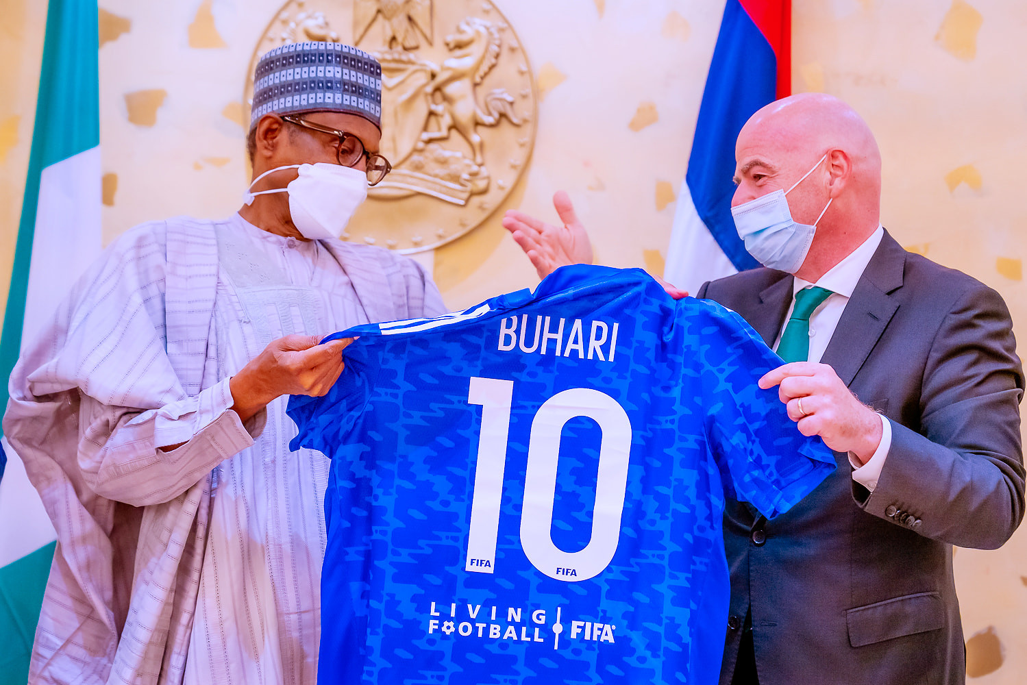 President Buhari meets FIFA President, gets No.10 Jersey (photos)