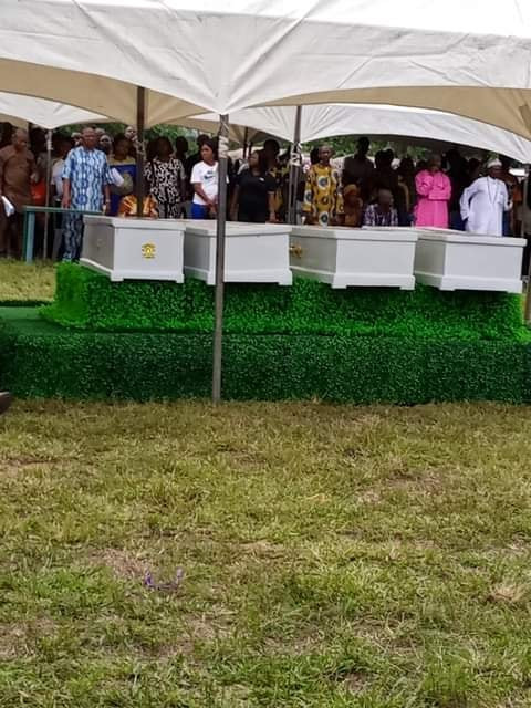 Four siblings who died after eating Suya buried amidst tears in Abia state (videos)