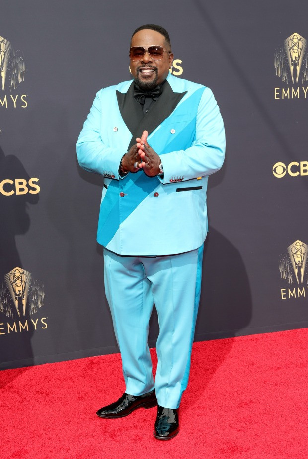 Celebs stuns on the Emmys 2021 red carpet (photos)
