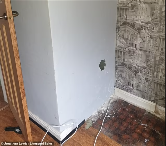 Man discovers terrifying doll inside wall of his new home with creepy note saying it killed the former occupants of the house