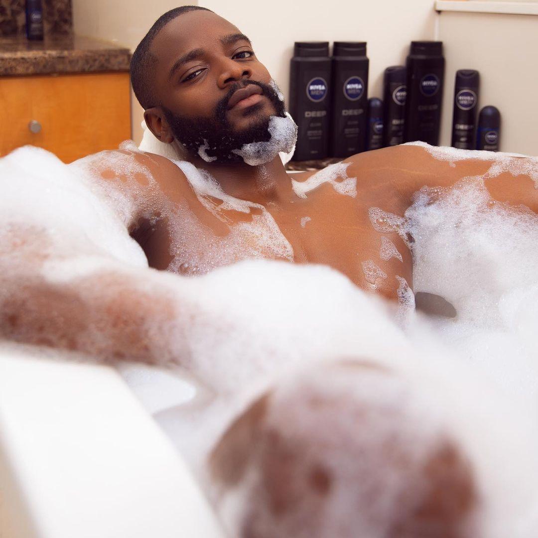 BBNaija star, Leo DaSilva, shares nude bathtub photos