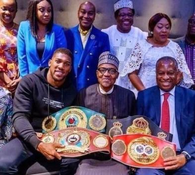 Reno Omokri trolls President Buhari as Anthony Joshua loses his championship belts to Oleksandr Usyk