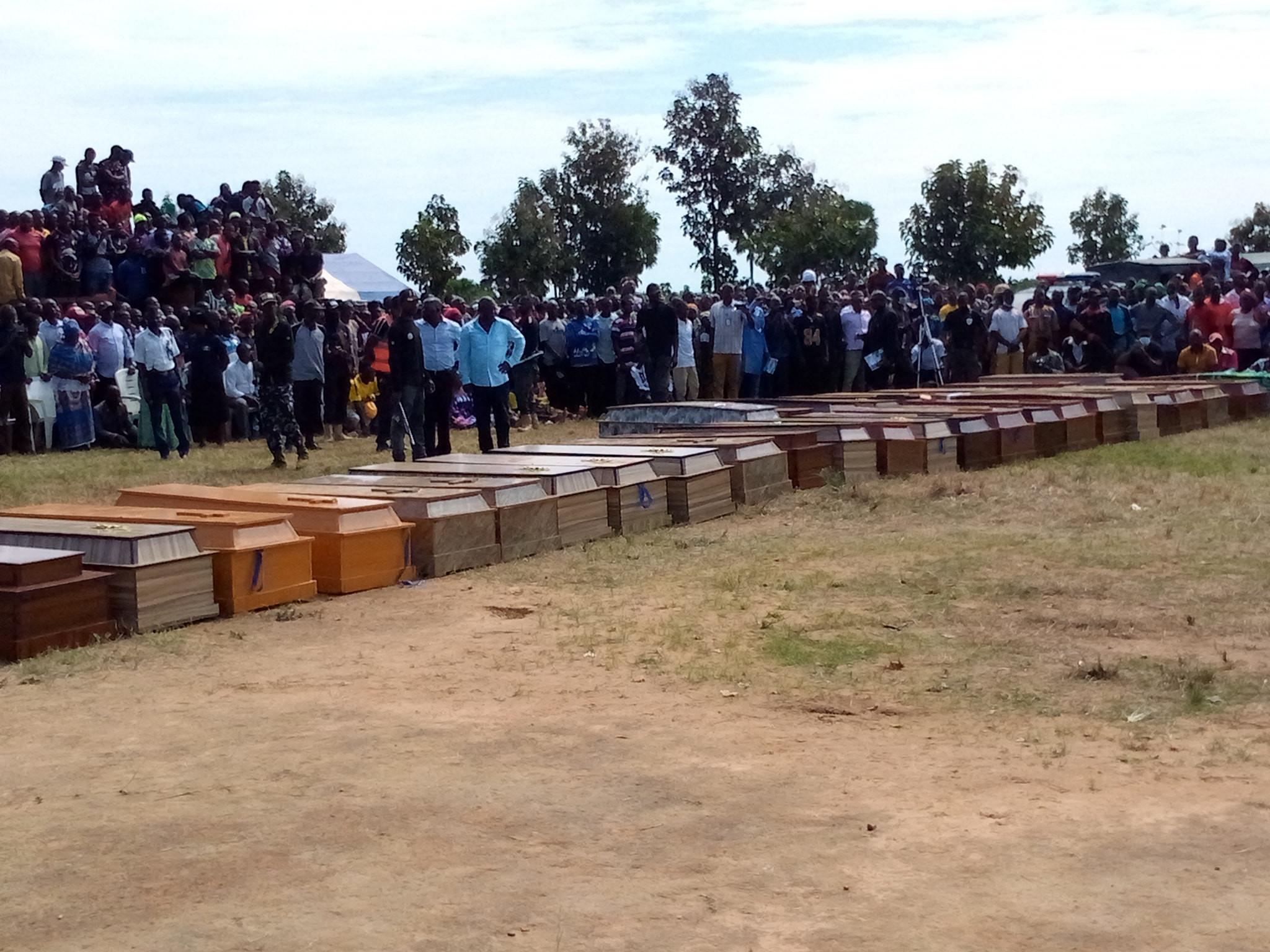 38 victims of bandits attack get mass burial in Kaduna (photos)