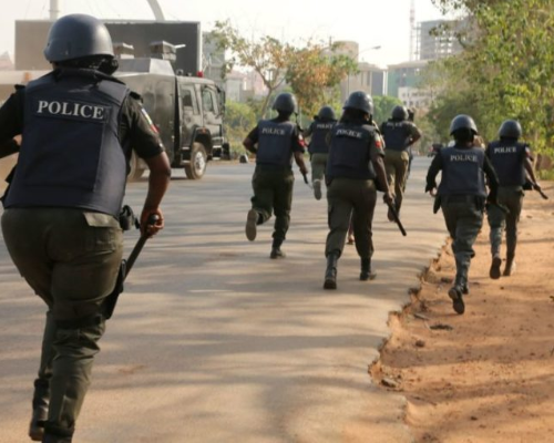 3 Teenage female robbers arrested by police and hunters in Osun