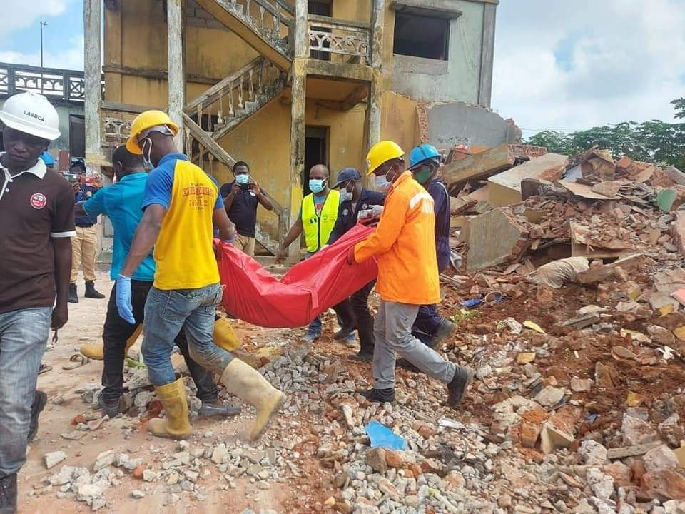 One dead, two rescued as building collapses in Lagos