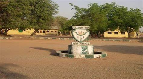 Students and teachers of Federal Government College in Birnin Yauri freed after four months in captivity
